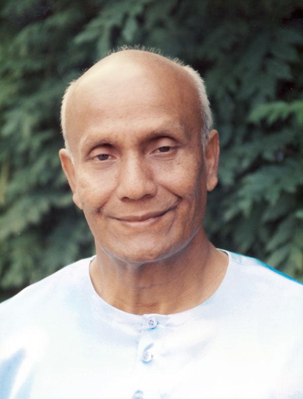 sri-chinmoy-fenykepe-meditaciohoz
